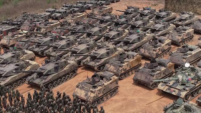 """泰""""蓝军""""亮相!中国造坦克领衔 坦克手都戴红领巾"""