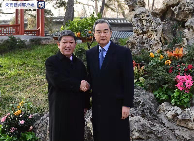 王毅会见日本外务大臣茂木敏充图片