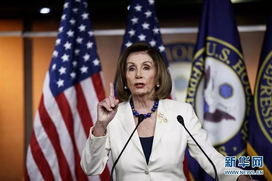 ▲12月5日,美国国会众议院议长佩洛西在新闻发布会上发言。新华社发 沈霆 摄