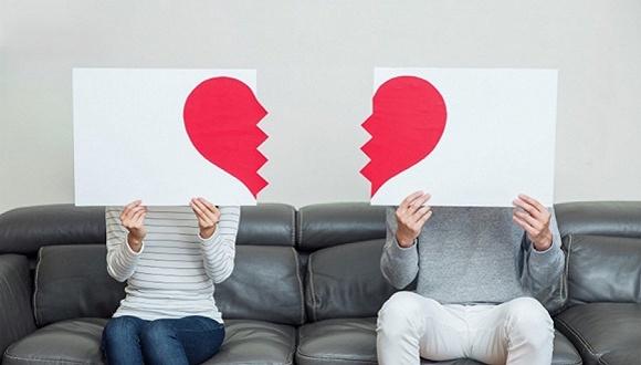 """我国离婚率连续15年上涨 离婚该不该有""""冷静期""""图片"""