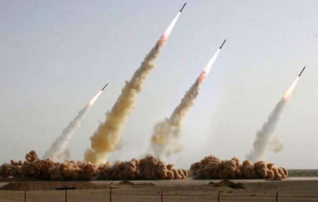 伊朗称一天内可发射超过两万枚导弹 美:你就吹吧