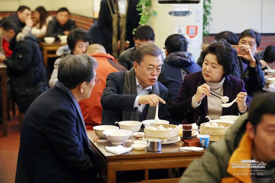 """因为这件事 韩国总统公开""""点名""""中国游客(图)图片"""