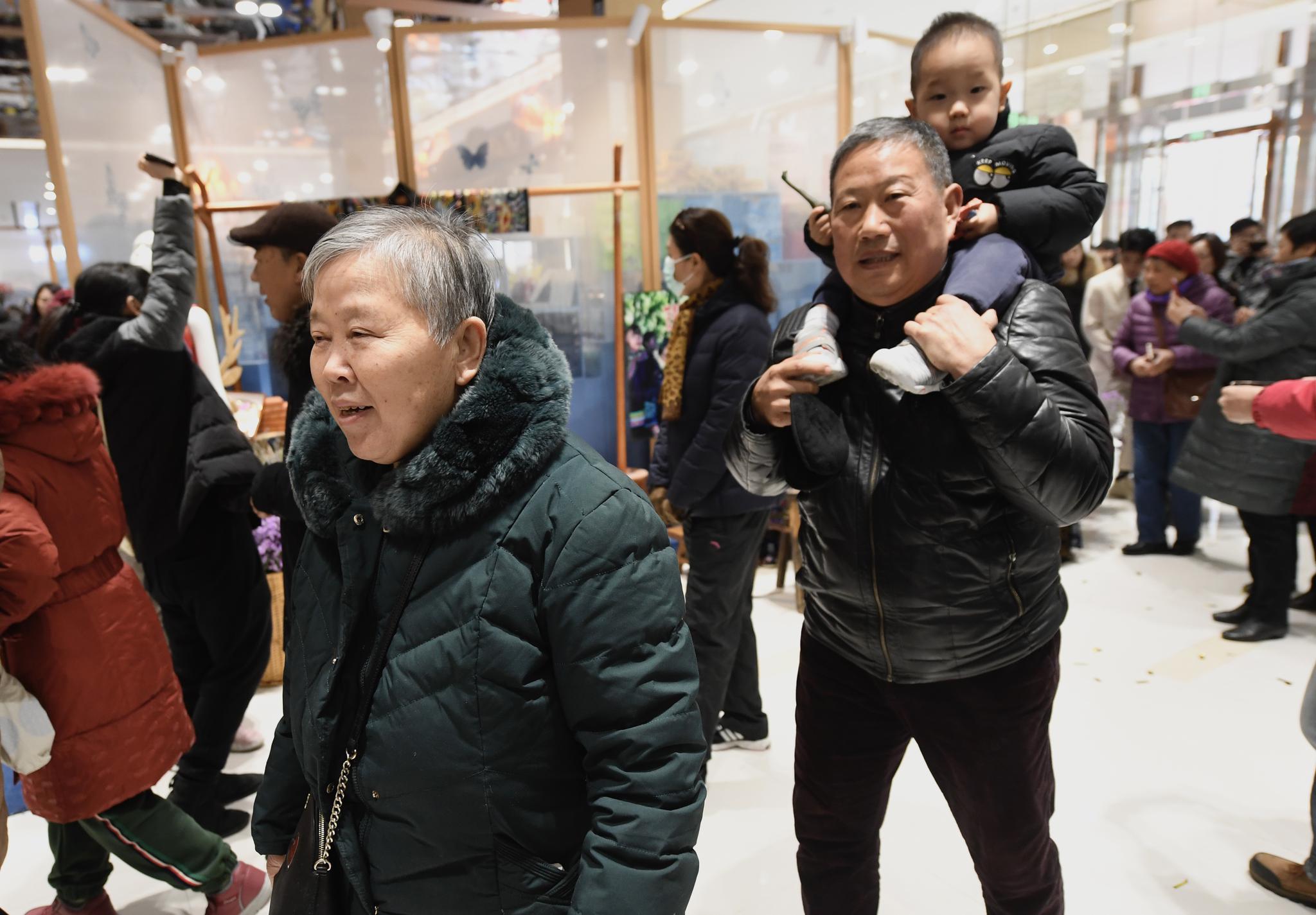 """长安商场闭店8个月升级重张,转型""""社区生活中心""""图片"""