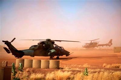 11月8日,在法国位于马里北部的军事基地拍摄的武装直升机 图据新华国际