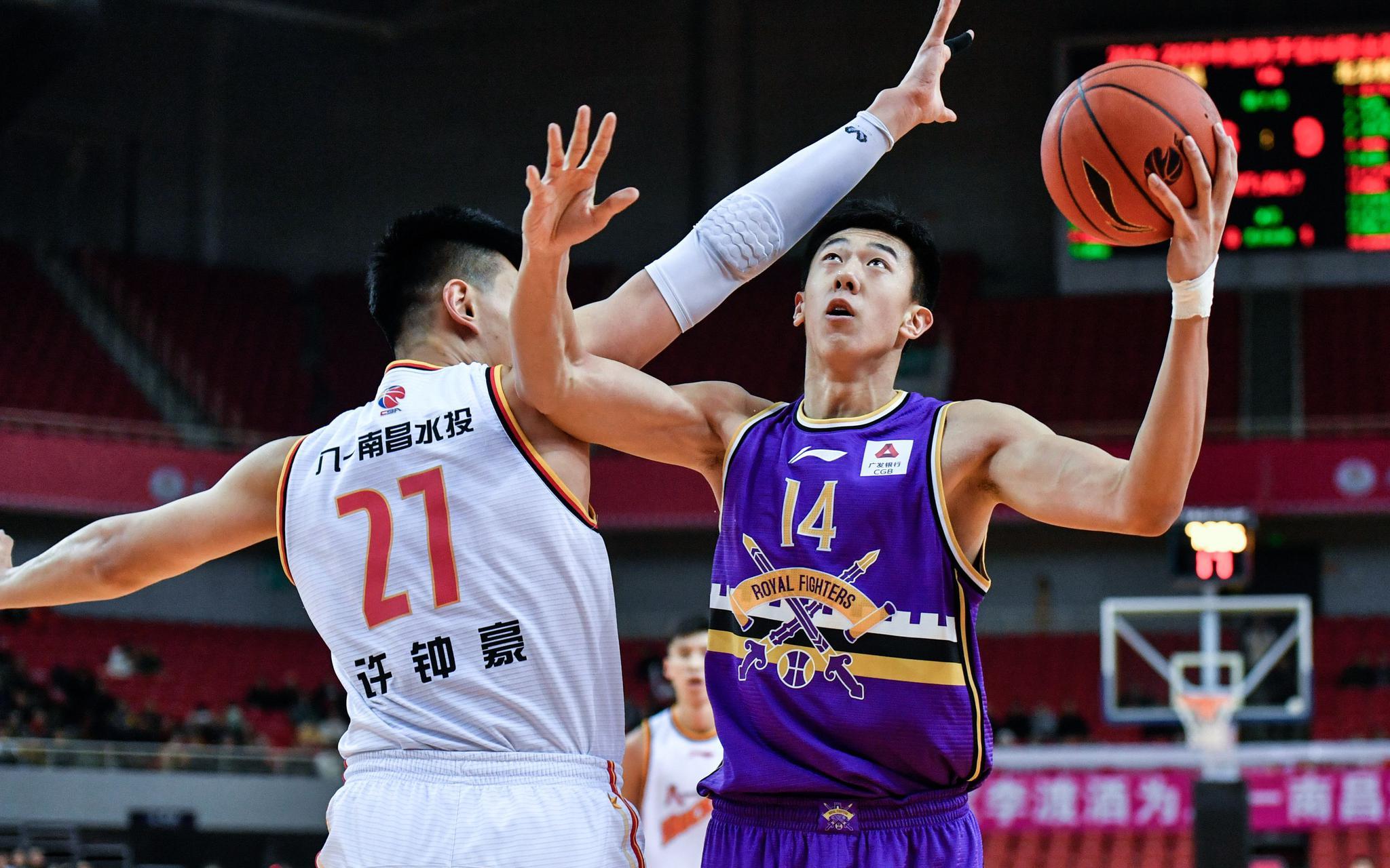 北控男篮12人得分8人上双,王少杰19分生涯新高图片