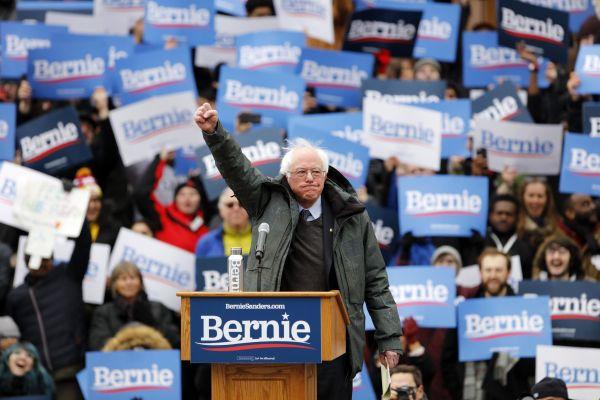 美国民主党内部人士:桑德斯有望赢得民主党初选