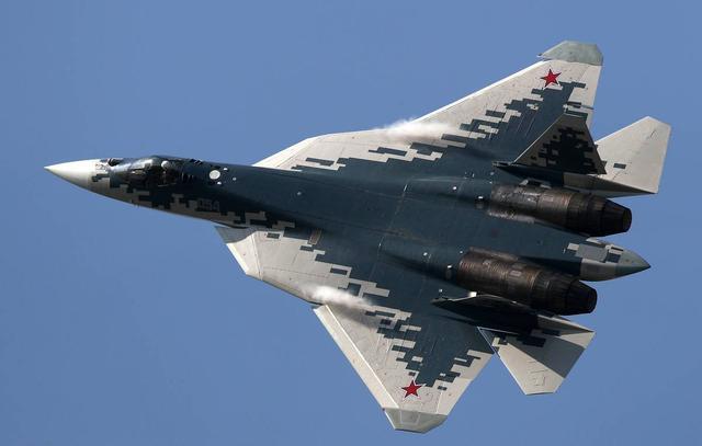 隐形苏-57战斗机与F16I最新对峙,苏-57不敌,当时发生了什么