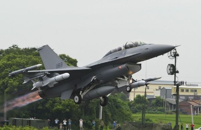 希腊15亿重金升级F-16,假想敌出人意料,竟然是一位北约盟友