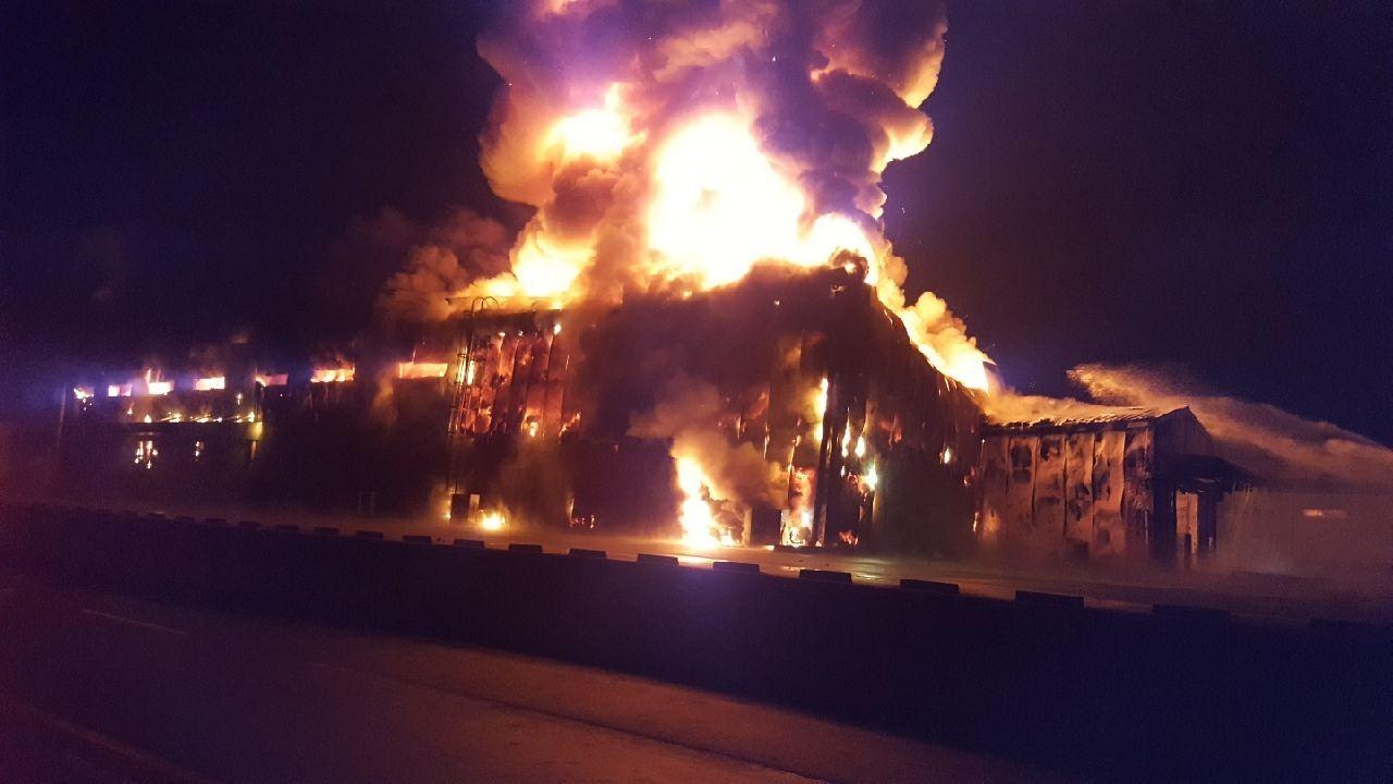 韩国一部队补给仓库半夜起火 传出多次爆炸声(图)