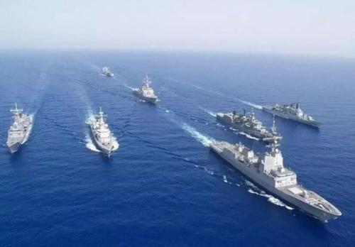 """美海军发了组到南海得瑟的""""美图"""",看点却在背景中"""