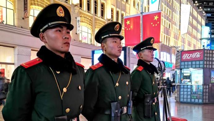 寒冷跨年夜,武警上海总队数千兵力守护申城安宁