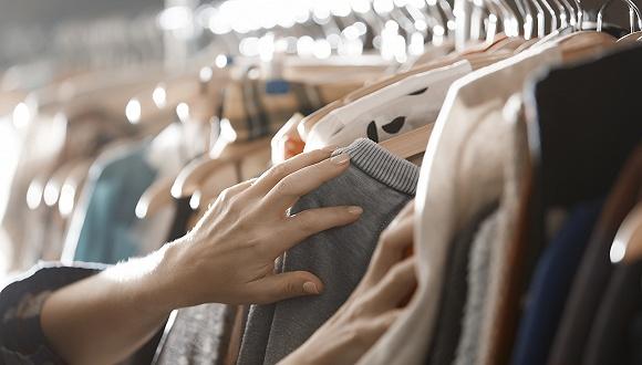 当日质检|Tory Burch、Coach等56个品牌服装不合格,韩国新世界旗下品牌被检出含致癌物质