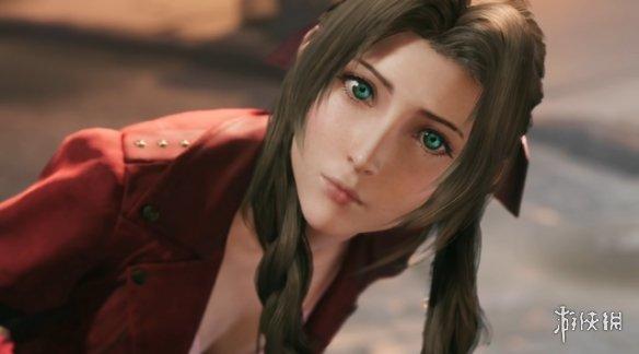 《最终幻想7》爱丽丝周边预购:金银两款任你选择!
