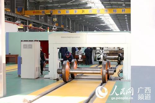 南宁南车辆段加大整治力度确保货物列车安全运行