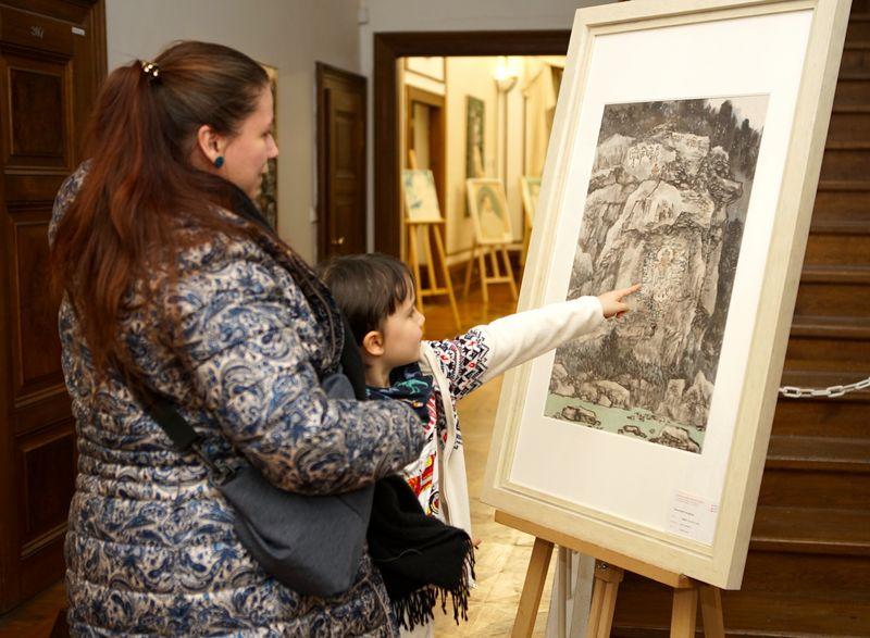 当代中国画艺术国际巡展走进捷克