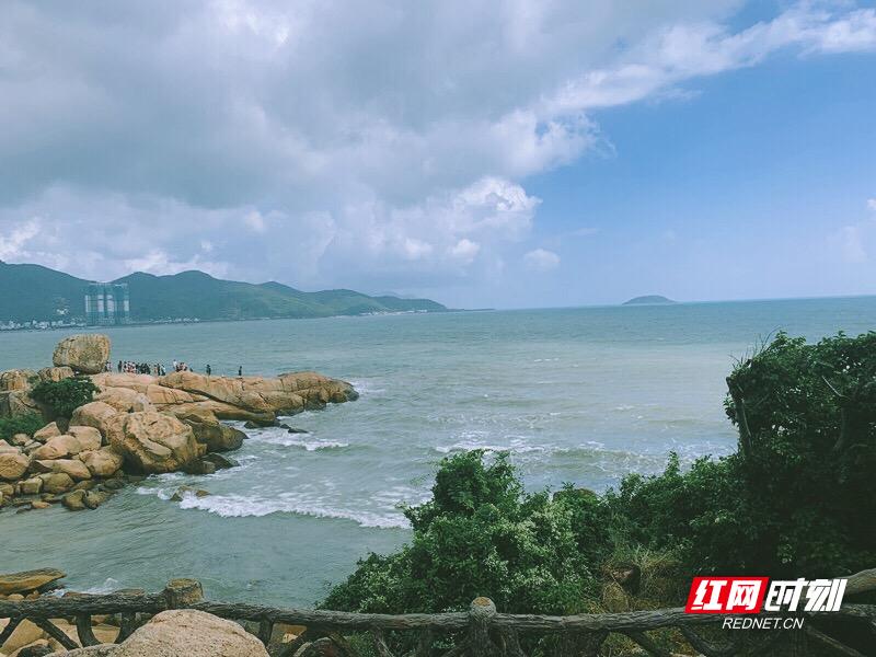 时刻带你看东南亚丨吹海风,听海浪,芽庄五指岩多诗情