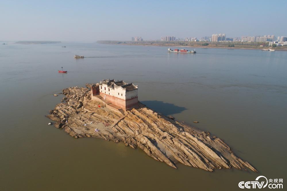 【8点见】湖南浏阳烟花厂爆炸事件最新进展:3名干部被先期免职