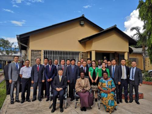 中资企业和华侨华人向赞比亚政府抗灾捐赠仪式举行