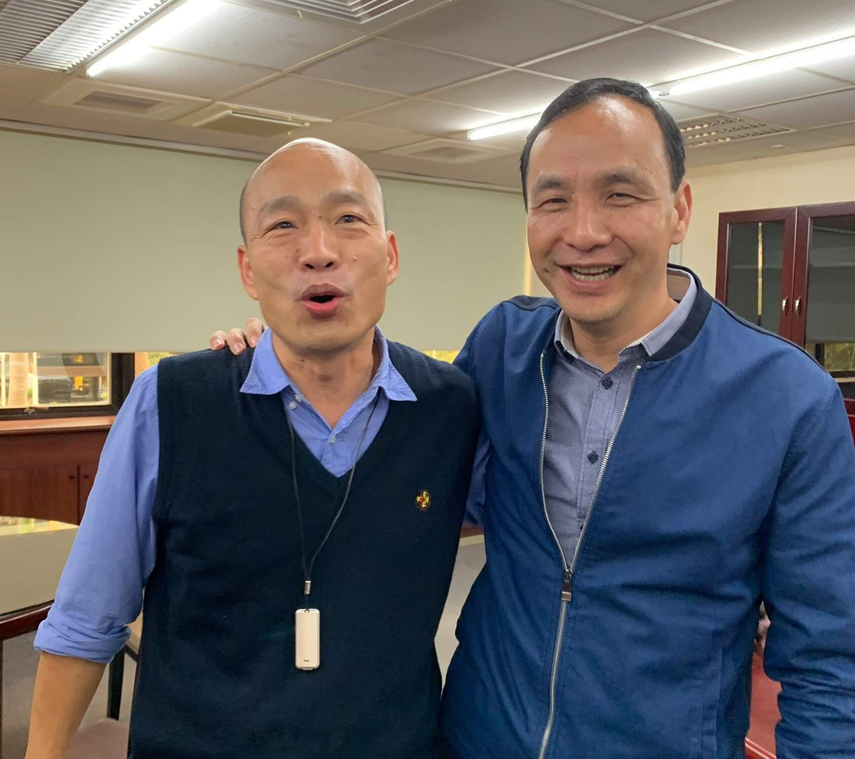 韩国瑜凭什么选台湾地区领导人?朱立伦给出了答案