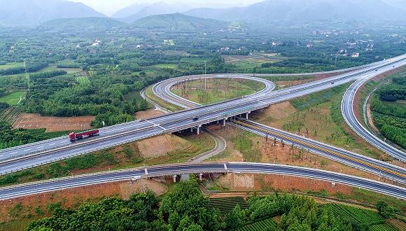 上海发改委副主任张忠伟:长三角一体化要实现两个率先