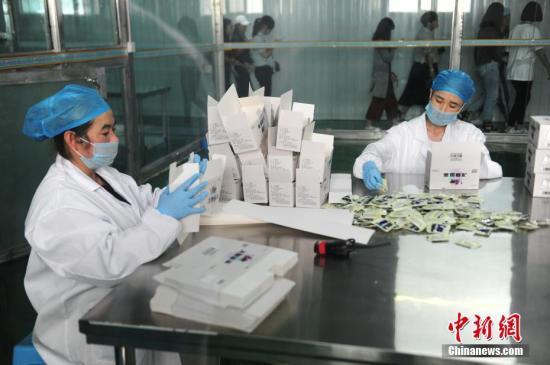 """中国农村电商升级版:从""""助扶贫""""到""""兴产业"""""""