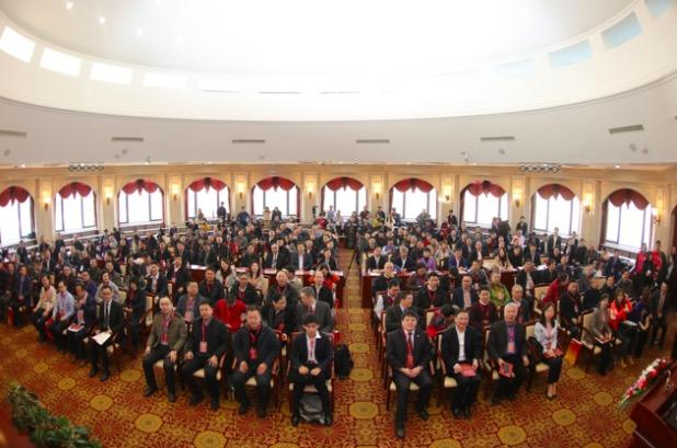 北大经院举办中国百所大学经济学院院长论坛