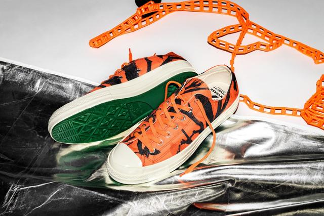 YEEZY 700又爆新配色!Y-3与Adidas即将带来新一代Runner 4D球鞋