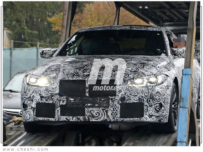 宝马全新M4 Coupe谍照曝光 搭3.0T引擎动力提升