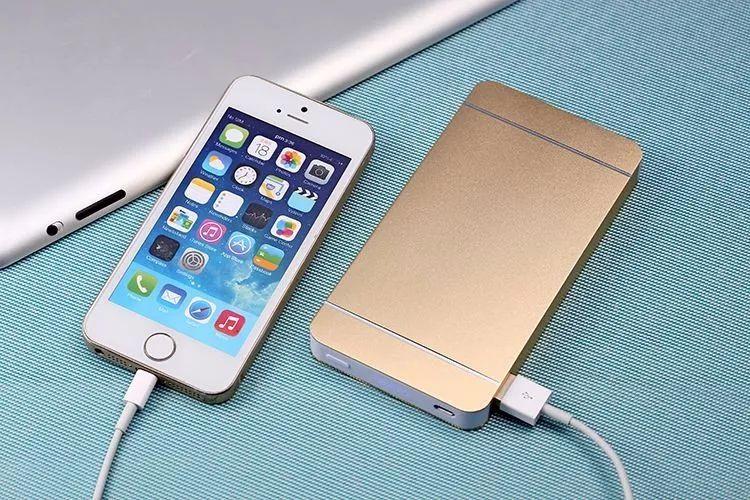 手机该不该每天关机一次?看完才知道这么多年白用了!