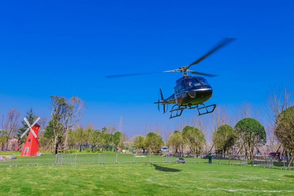 新高度!新体验!昆明恒大文化旅游城直升机看房惊艳来袭