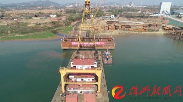 株洲清水塘大桥主墩开始全面施工