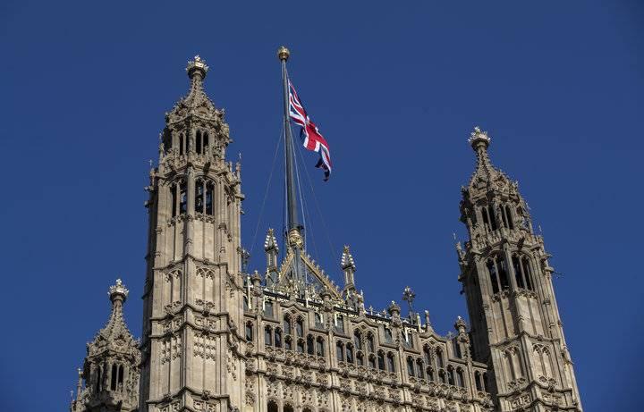"""地球局 55个月3次大选,英国""""脱欧""""之路步步惊心"""