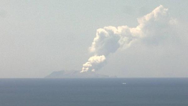 新西兰白岛发生火山喷发,或造成