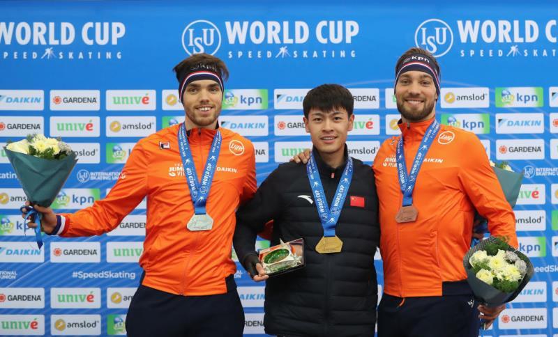 宁忠岩改写中国速滑历史 首夺世界杯1500米金牌!