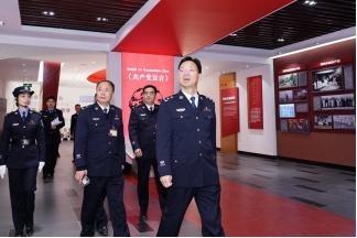徐华水局长到省南湖监狱调研指导工作