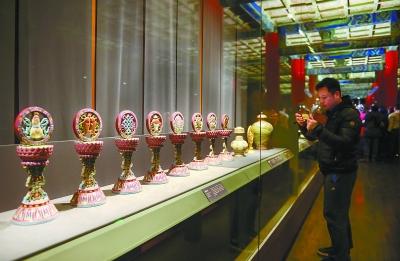 77件扎什伦布寺文物首次故宫展出