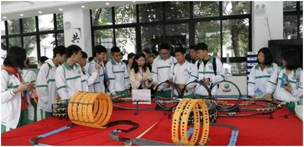 研学 | 屯昌思源实验中学600多名师生赴海师科技园研学旅行