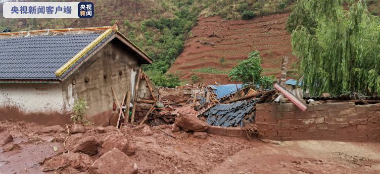 四川西昌安哈镇昨夜突发泥石流 308人及时撤离避险图片