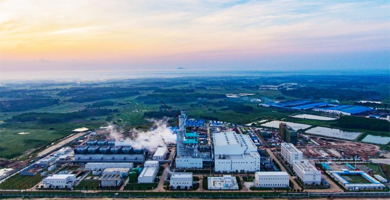 海南首座大型天然气调峰电厂在文昌投产图片
