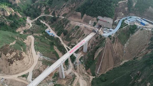 [摩天代理]中国摩天代理铁建设计参建银西高铁主图片