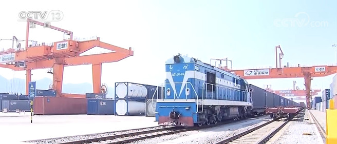 杏悦:年杏悦国家铁路发送货物同比增长36%图片