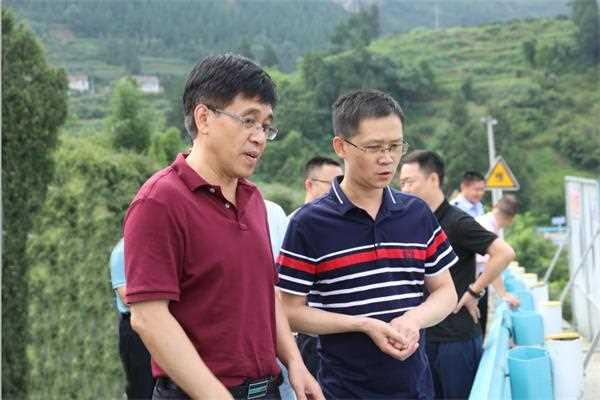 李静仁检查习酒公司、201厂防汛工作