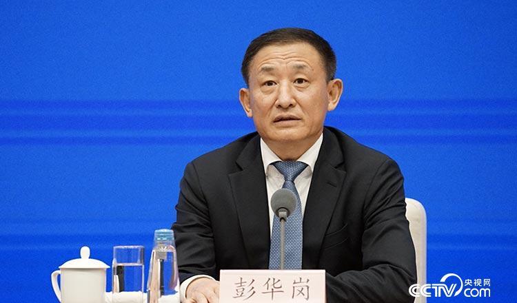 杏悦资委上半年杏悦中央企业经济运行有这三个图片