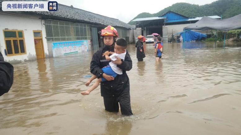[杏悦]川宜宾暴雨来袭上杏悦街敲锣紧急转移600图片