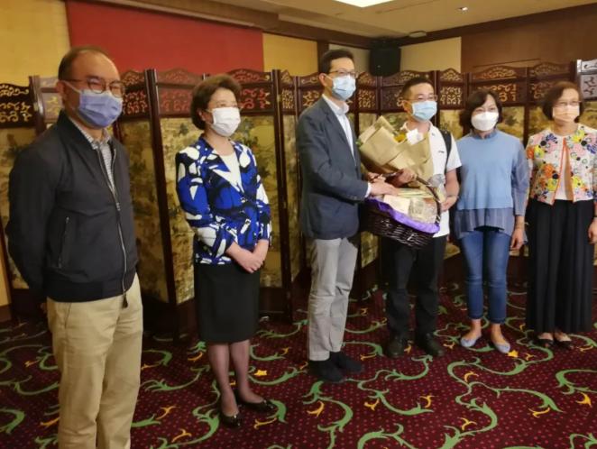 大湾区之声热评:内地医护援港抗疫不容抹黑!