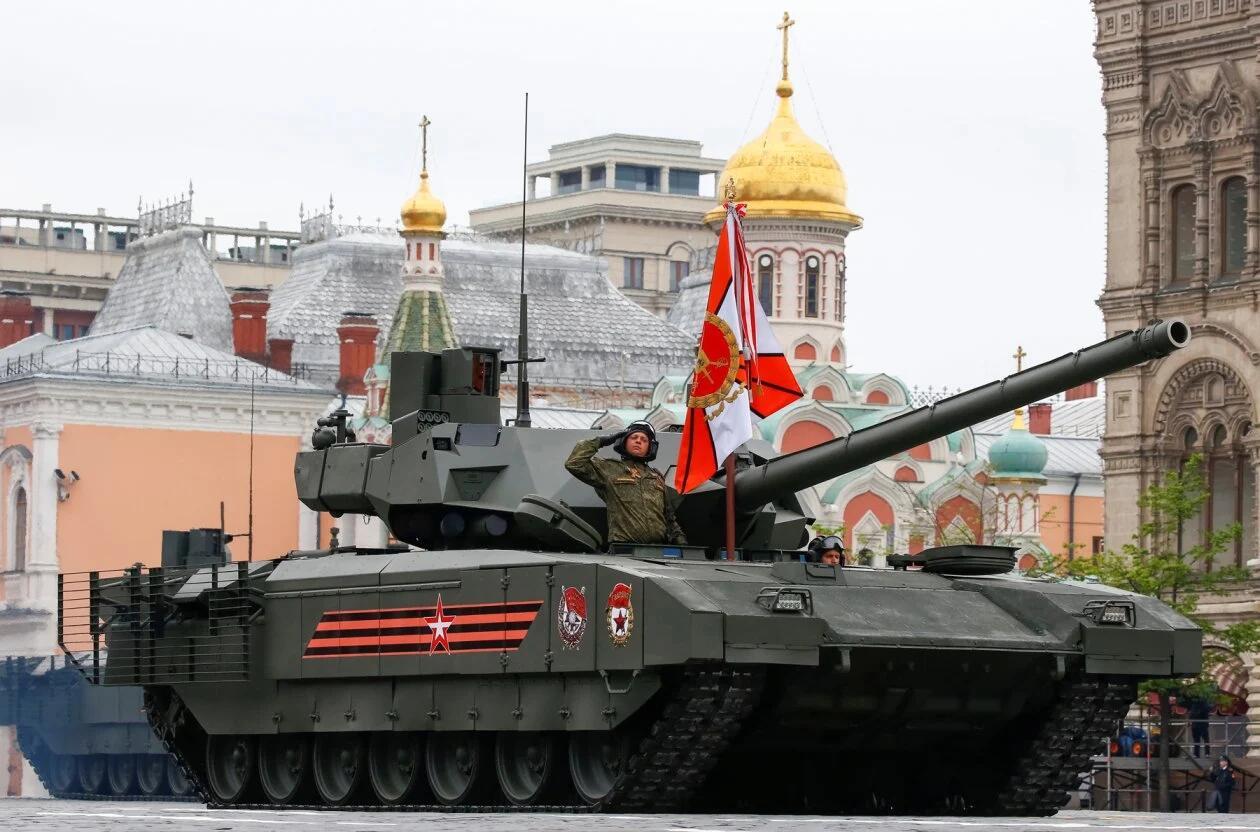 印度是否会买俄T-14阿玛塔坦克?美媒:现在时机恰好