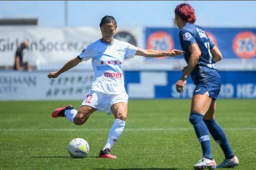 罕见!日本女足运动员加盟男队 将和哥哥搭档锋线