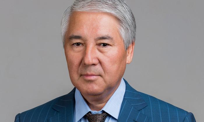 吉尔吉斯斯坦议长阿卜杜勒达耶夫10日宣布辞职