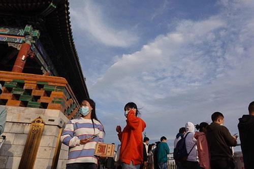 北京迎来微风气候,在景山远眺西山,朝霞靓丽(图)(图9)