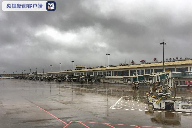 海南发布台风二级预警 暴雨三级预警 多架次航班取消图片